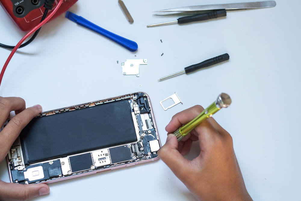 iPhone screen repairs Australia